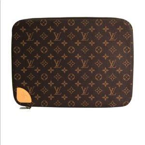 Louis Vuitton Horizon Laptop Sleeve
